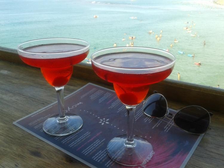 cocktails-at-ushaka-moyo