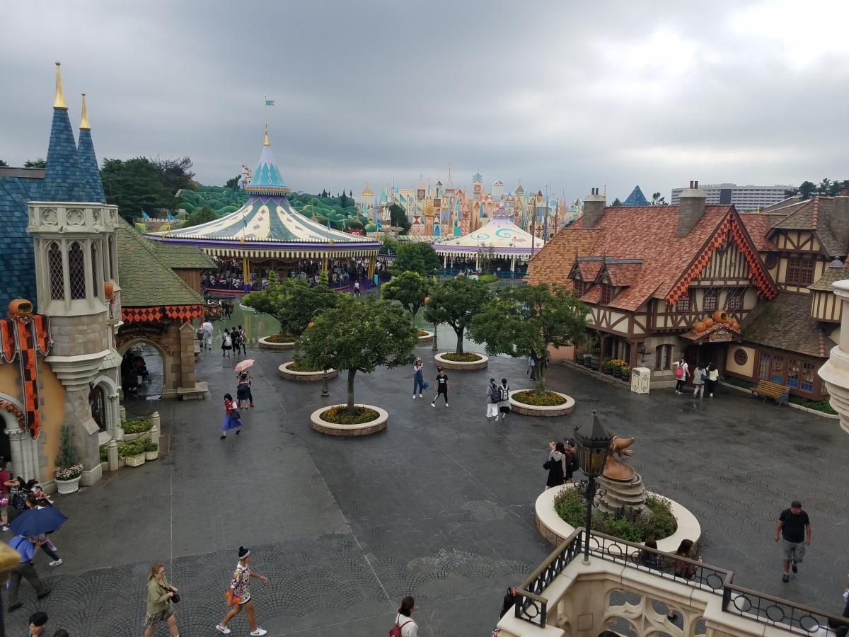 Top 10 tips for visiting Tokyo Disneyland and Tokyo DisneySea